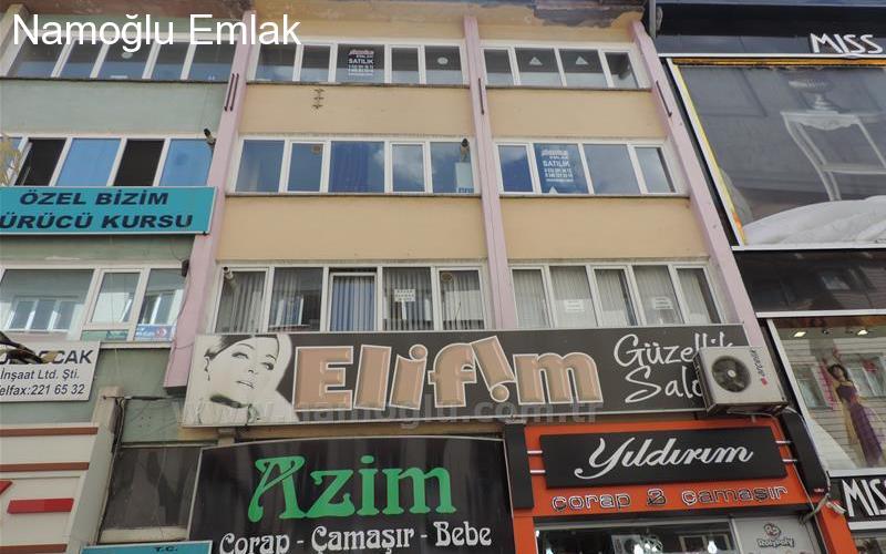 BANKALAR CADDESİ 3.PARK SOKAKTA SATILIK BÜRO